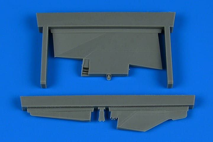 Aires MiG-23ML correct tail fin - Trumpeter - / 1:48