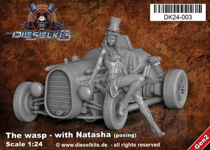 Dieselkits The Wasp with Natasha posing - Steam Punk Vehicle / 1:24