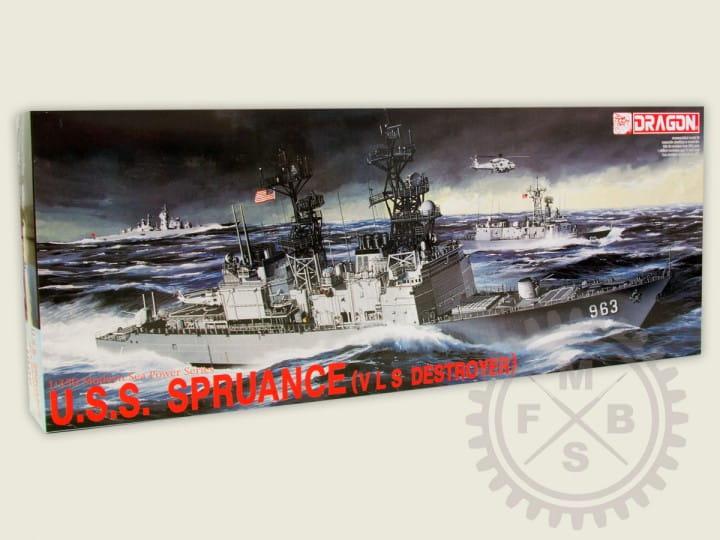 U.S.S. Spruance / 1:350
