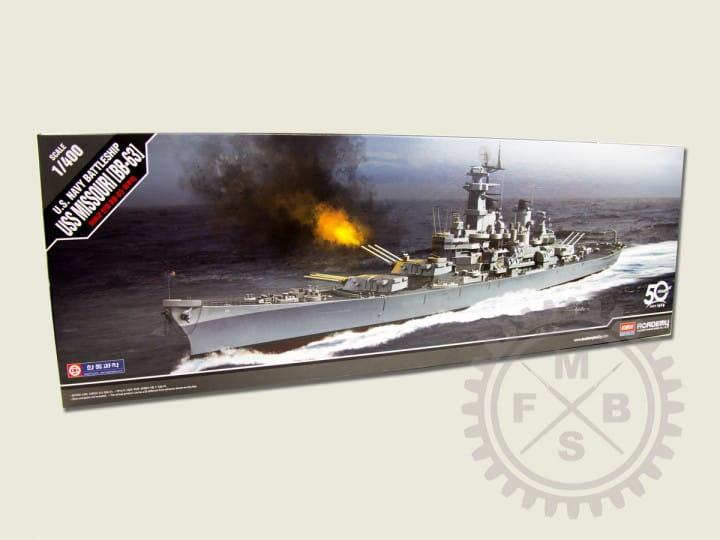 Academy USS MISSOURI BB-63 / 1:400