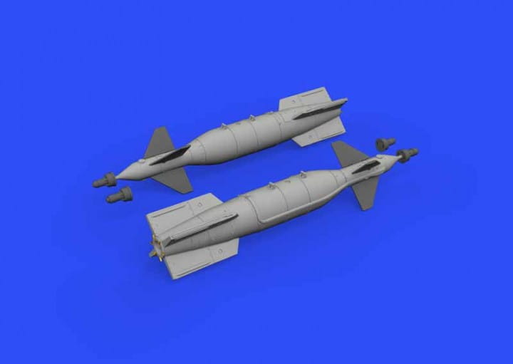 Eduard Models Paveway II Mk 13/18 / 1:48